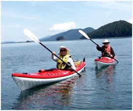 Kayaking and kayaking tours