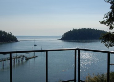Mayne Island Resort - Gulf Islands Waterfront  Getaway